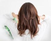 バイトで髪色自由ってどこまでOK?一般的な基準やトーンは?